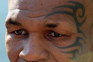 Tyson compie 50 anni: fu il più giovane iridato dei massimi