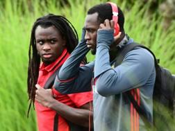 Jordan Lukaku, 21 anni, a sinistra, insieme al fratello Romelu. Afp