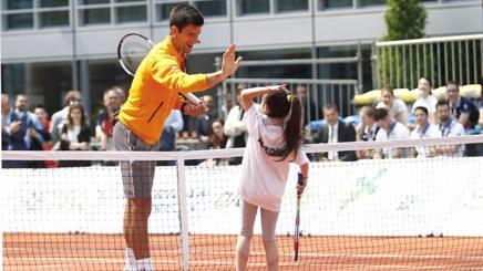 Novak Djokovic , a Milano per Expo 2015, incontra i bambini e ragazzi LAPRESSE