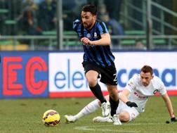 Il centrocampista Luca Cigarini, 30 anni.LaPresse