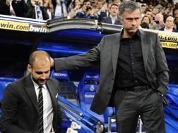 Per Guardiola, allenatore Manchester City    , e il tecnico del Manchester United Jos� Mourinho. Afp