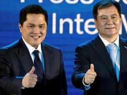 Erick Thohir, 46 anni, e Zheng Jindong, 53 anni. Reuters
