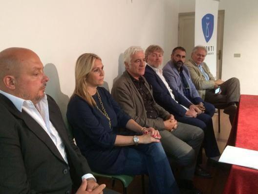 Marzio Innocenti (terzo) con Lusi (Primavera),  Montanarini (Brescia),  Poggiali (Romagna), Pezzano (Cus Catania) e Zanovello (Cus Padova)
