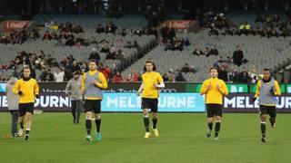 Il riscaldamento della Juventus al Melbourne Cricket Ground. Getty Images