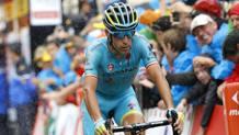 Vincenzo Nibali, 31 anni, all'arrivo di Morzine. Bettini