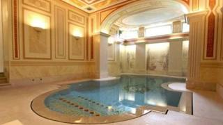 Higuain, lusso e sfarzo a Torino: ecco la sua nuova villa