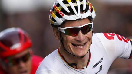Andre Greipel vince la 21esima tappa del Tour. Epa