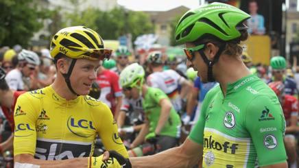 Chris Froome e Peter Sagan al via della 21esima tappa del Tour. Getty