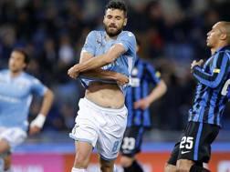Antonio Candreva, 29 anni, sveste idealmente la maglia della Lazio: � ad un passo dall'Inter. Ansa