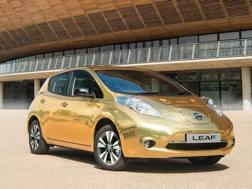 La Nissan Leaf dorata