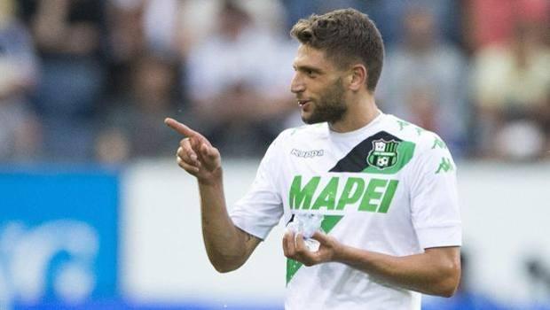 Domenico Berardi ha segnato su rigore il primo gol della storia del Sassuolo nelle coppe europee. Epa