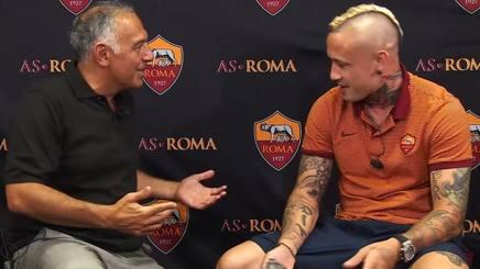 James Joseph Pallotta, 58 anni, intervistato da Radja Nainggolan, 28 anni. As Roma