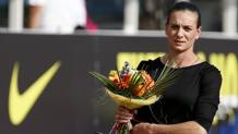 Yelena Isinbayeva ieri a Mosca per il meeting organizzato per gli atleti russi esclusi dai Giochi. Ap