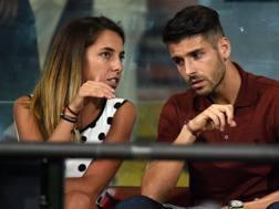 Miguel Veloso con la moglie, Paola Preziosi. LaPresse