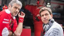 Toto Wolff con il 'collega' Maurizio Arrivabene. Epa