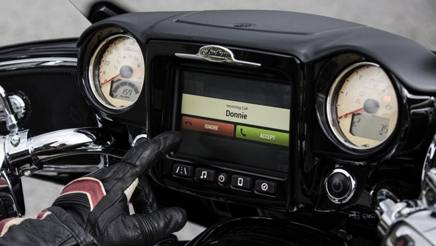 Debutta il touch screen sulle moto Indian