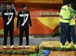 Paolo Nicolai, 28 anni, e Daniele Lupo, 25, sul podio con la coppia brasiliana Alison-Bruno medaglia d'oro. Reuters
