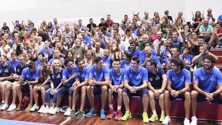 La nuova Germani Brescia accolta da 600 tifosi al raduno. CiamCast