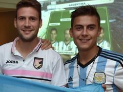 Franco Vazquez e Paulo Dybala insieme ai tempi del palermo. Getty