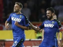 Domenico Berardi esulta dopo il gol del provvisorio vantaggio. Ap