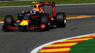 Max Verstappen in azione a Spa. Getty