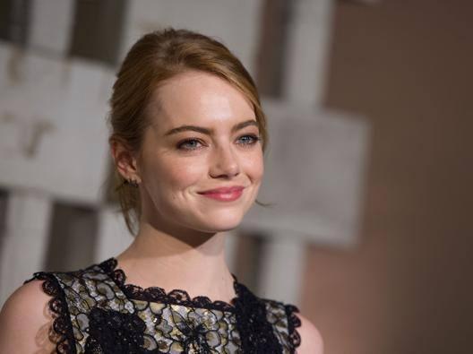 Emma Stone , protagonista del film d'apertura a Venezia La La Land. Afp