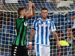 Berardi esulta per il gol al Pescara, domenica: 2-1 per il Sassuolo, risultato ribaltato dal giudice sportivo. Ansa