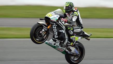 MotoGP, Crutchlow: superba pole a Silverstone. Rossi 2° sotto la pioggia