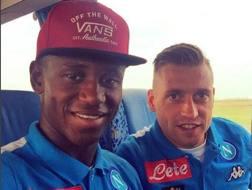 Amadou Diawara, 19 anni, in compagnia di Emanuele Giaccherini, 31 anni. Instagram