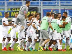 Esultanza dei giocatori del Palermo dopo il gol di Rispoli all'Inter. Lapresse