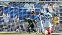Defrel spinge in rete il pallone dell'1-0, ANSA