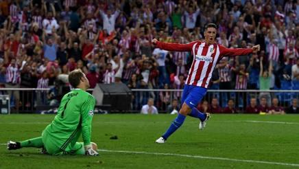 Neuer battuto da Carrasco, Torres esulta. Getty Images