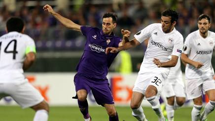 Kalinic contro i difensori del Qarabag. Getty