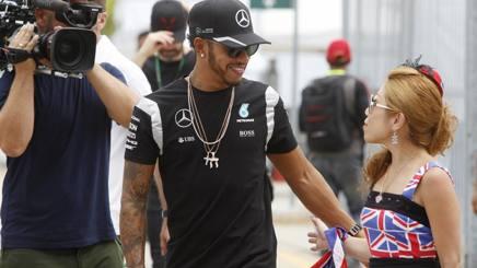 F1 Libere 3 Malesia, è super Hamilton. Verstappen precede le Ferrari