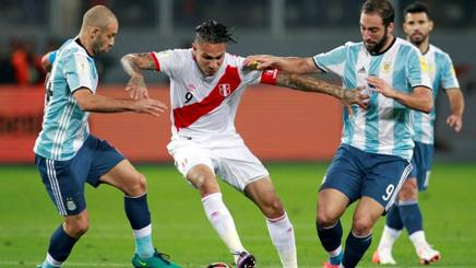 Perù-Argentina 2-2: Higuain illude, Mascherano rovina tutto