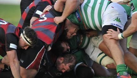 Una mischia nel match della scorsa stagione tra Edimburgo e Benetton Treviso. Fama