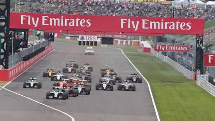 La partenza del GP Giappone di domenica: tutti i piloti al via si sono classificati. Lapresse