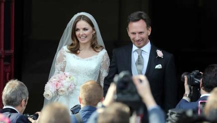 Chris Horner e Geri Halliwell nel giorno del loro matrimonio. LaPresse