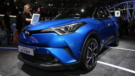 Tridente Toyota: C-HR, nuova GT86 e Prius plug-in