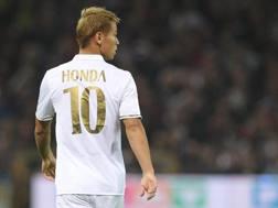 Keisuke Honda, a Genova titolare per la prima volta in questo campionato. Getty