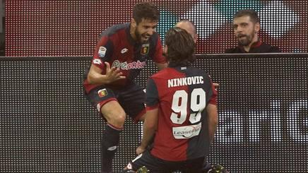 Nikola Ninkovic esulta dopo il gol. Lapresse