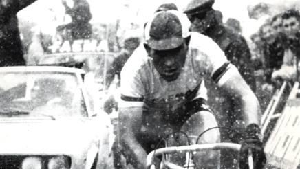 Eddie Merckx vince la 12a tappa: Tre Cime di Lavaredo, 1 giugno 1968 ANSA