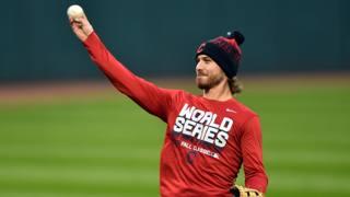 Josh Tomlin dei Cleveland Indians. Reuters