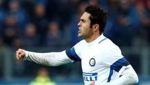 Eder esulta dopo il gol all'Atalanta. Reuters