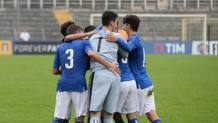 L'esultanza dell'Italia Under 17 dopo il gol. Getty