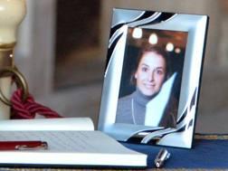 Valeria Solesin, la studentessa morta negli attentati di Parigi. Ansa