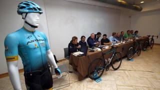 Astana, nuove bici e nuove maglie