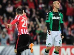 L'esultanza di Aduriz e il rammarico di Cannavaro. Afp