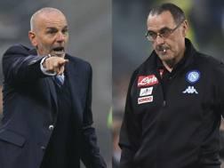 Da sinistra, Stefano Pioli, 51 anni, allenatore dell'Inter, e Maurizio Sarri, 57, tecnico del Napoli.