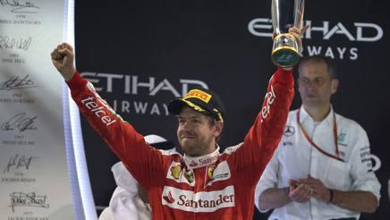 Sebastian Vettel sul podio di Abu Dhabi. Colombo